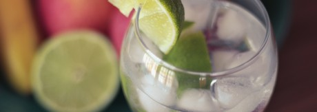 Dlaczego picie alkoholu sprawia, że tyjemy...