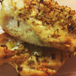 Grilowana pierś kurczaka z cebulką